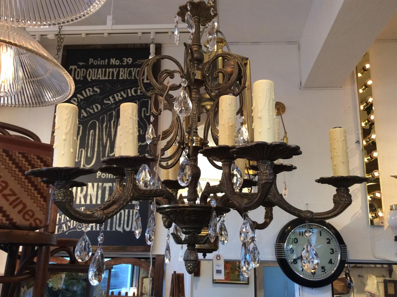 12-bulbs Vintage Chandelier